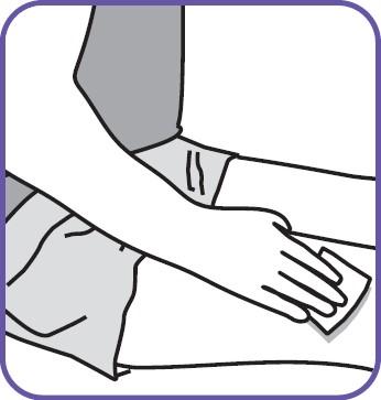 Tvätta injektionsområdet på låret med en spritservett. Injicera i växlande lår varje dag.