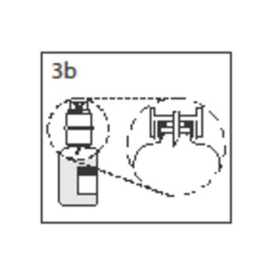Bilden beskriver hur kragen ska tryckas helt in i överföringsenheten