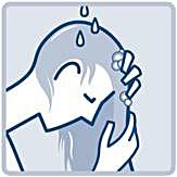 Tvätta håret med lösningen i påsen