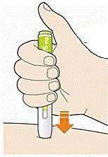 Bilden visar hur man fortsätter hålla pennan mot huden efter man släppt knappen